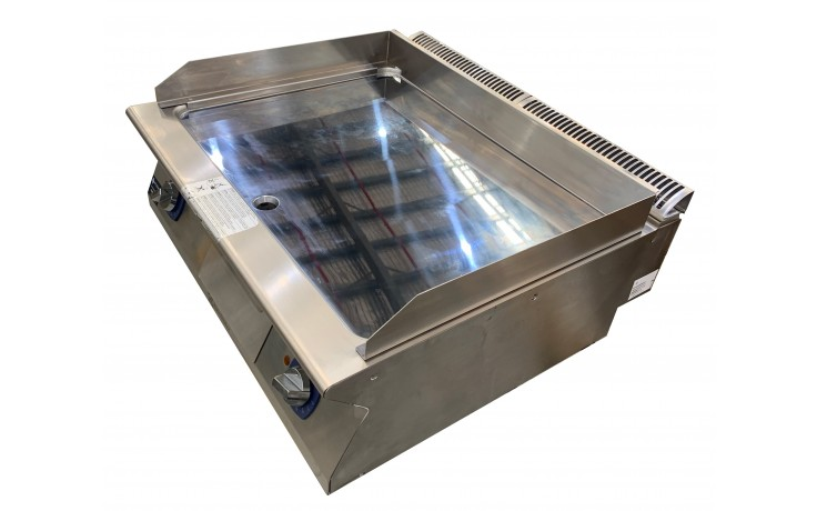 Electrolux 700XP E7FTEHCSI0 800mm wide Electric Fry Top Griddle
